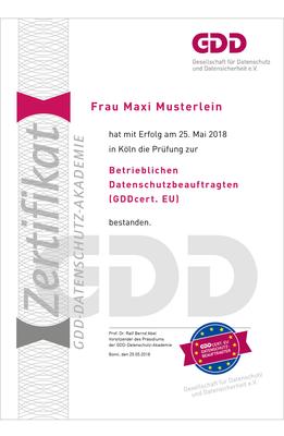 Maxi Musterlein GDDcert.EU